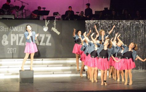 """""""Jazz and Pizzazz"""" leaves exiting seniors with unforgettable memories"""