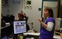 Rebecca Miller teaches her class using Smart Sync