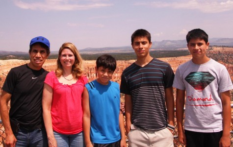 The Deleon family at the Grand Canyon.