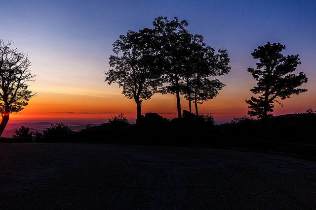 Skyline Drive is a scenic locale that provides hiking routes and breathtaking views. The area features unique eateries for couples to visit before heading home.