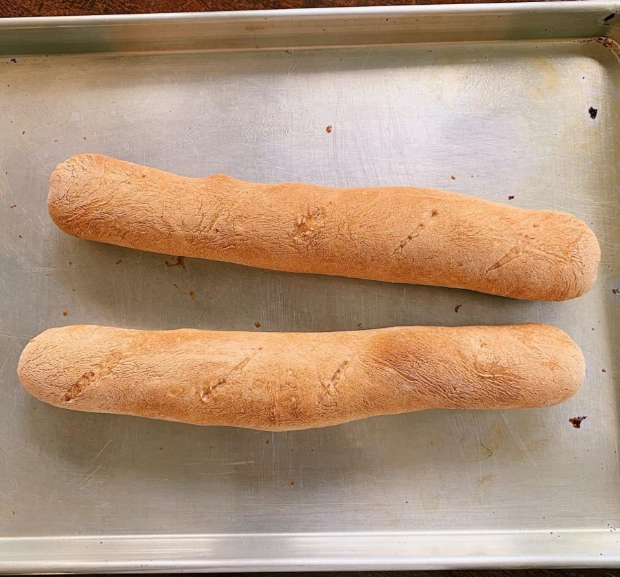 Senior+Diya+Khilnani+bakes+her+own+bread+including+French+baguettes.