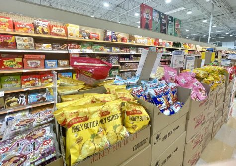 Students share favorite snacks from Asian grocery stores